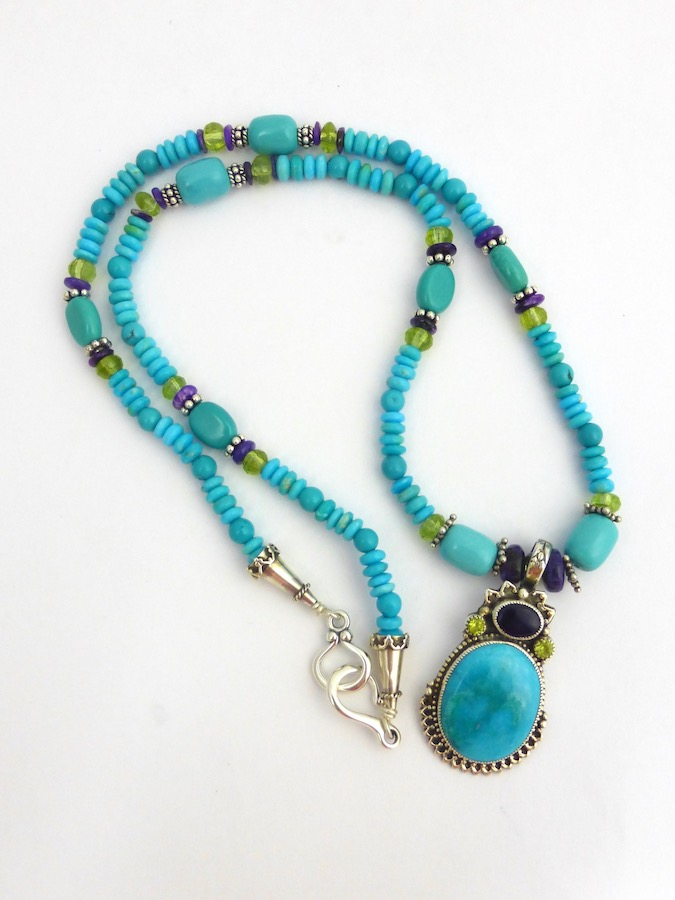 TURQUOISE MORNINGSTAR OVAL BEADED NECKLACE