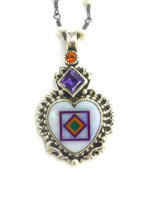 OPAL-BLOSSOMCROWN-HEART-NECKLACE