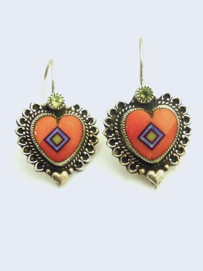 ORANGE-SPINEY-OYSTER-CORONET_SABRE-WING-HEART-EARRINGS