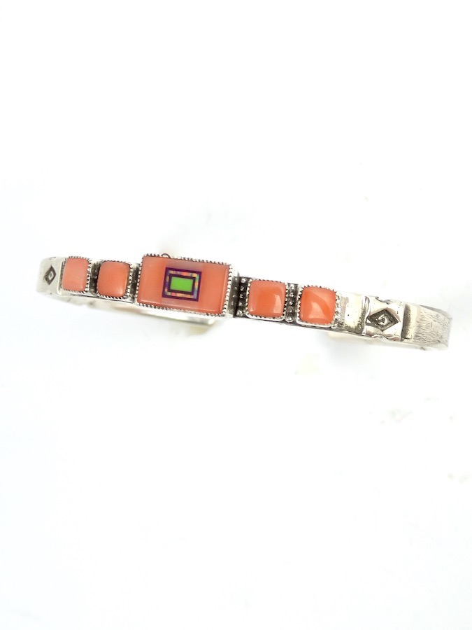 AASB-00086_PINK-CORAL-SABREWING-RECTANGLE-BRACELET-