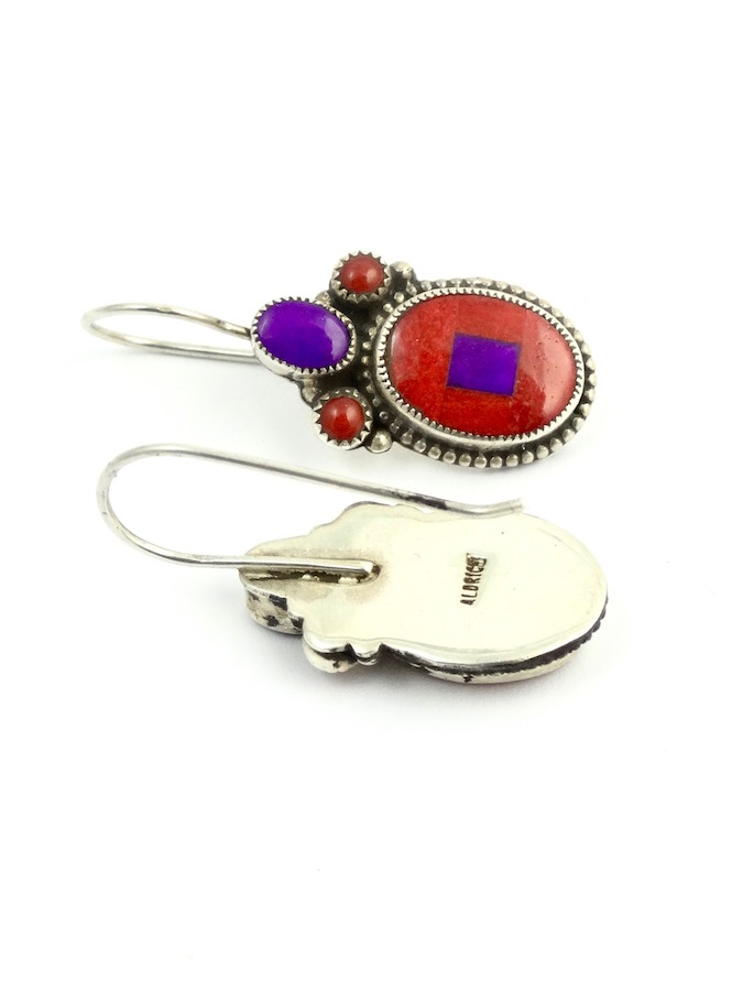 RED-SPINEY-OYSTER-MOSAIC-OVAL-EARRINGS